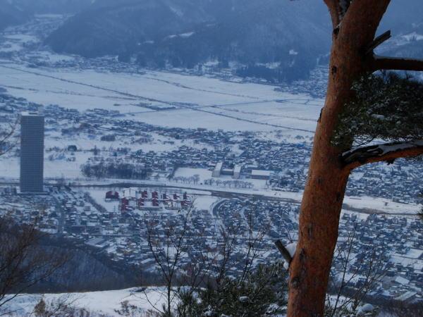 葉山(はやま)(上山)(標高687m)