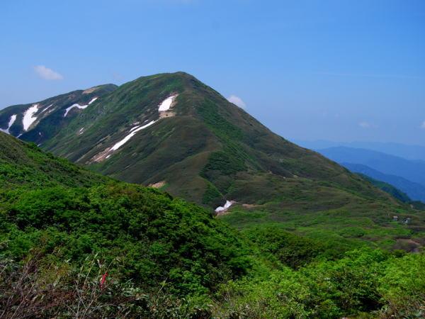 月山(がっさん)(標高1984m)